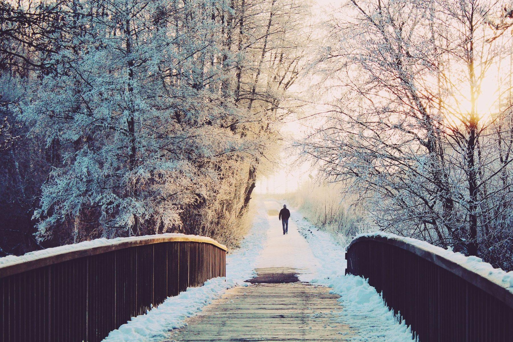 Ook last van de januariblues of een winterdipje? Blue Monday Afgelopen maandag was het Blue Monday. Volgens de experts de meest deprimerende dag van het jaar! De dagen zijn kort en donker, goede voornemens mislukt, zomervakantie nog ver weg én het begin van je nieuwe werkweek. Een dag om in je bed te blijven dus……